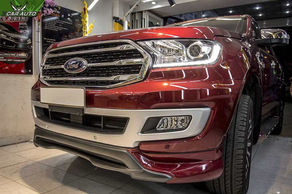 Phụ kiện xe Ford Everest
