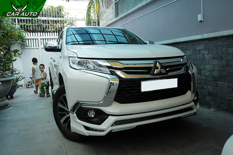 lắp Body kit Pajero Sport