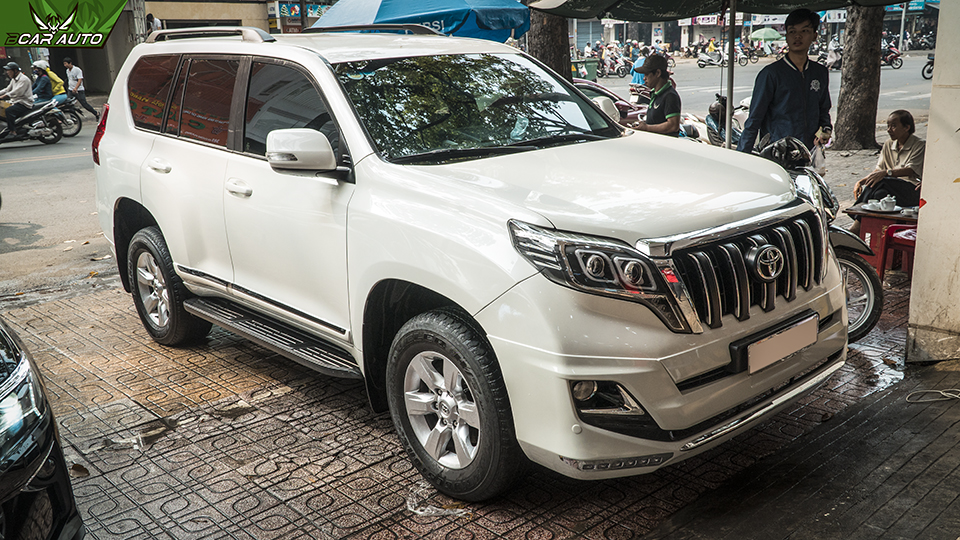 Ốp Tay Nắm Cửa Xe Land Cruiser